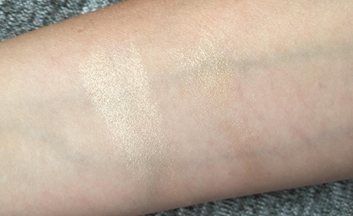Becca Moonstone Shimmering Skin Perfector Pressed liquid highlight